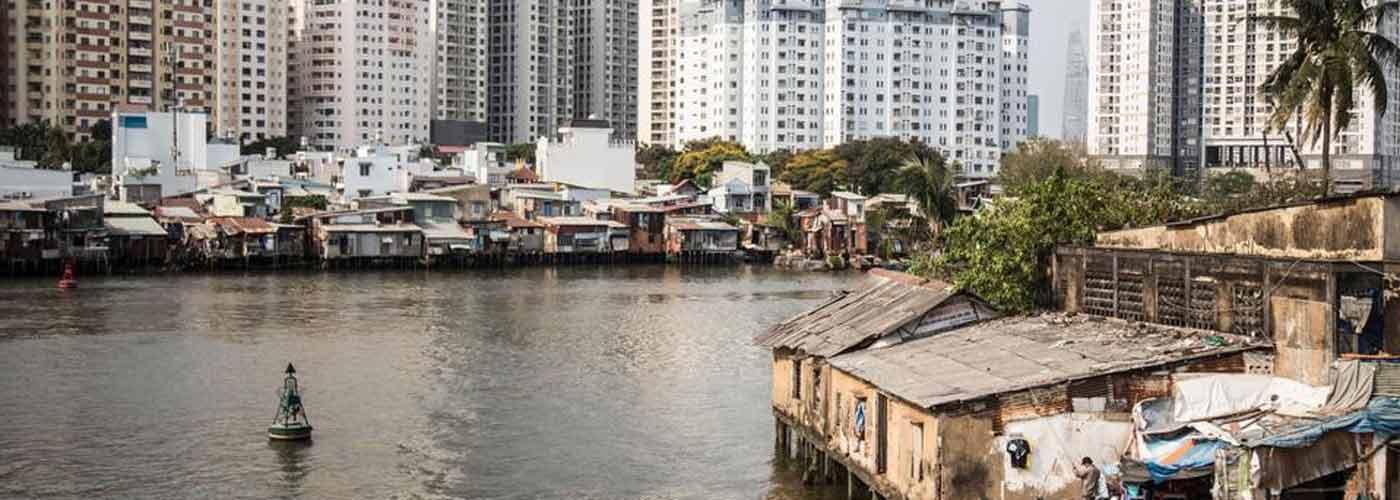 Inégalités sociales liées à l'urbanisation et à la modernisation