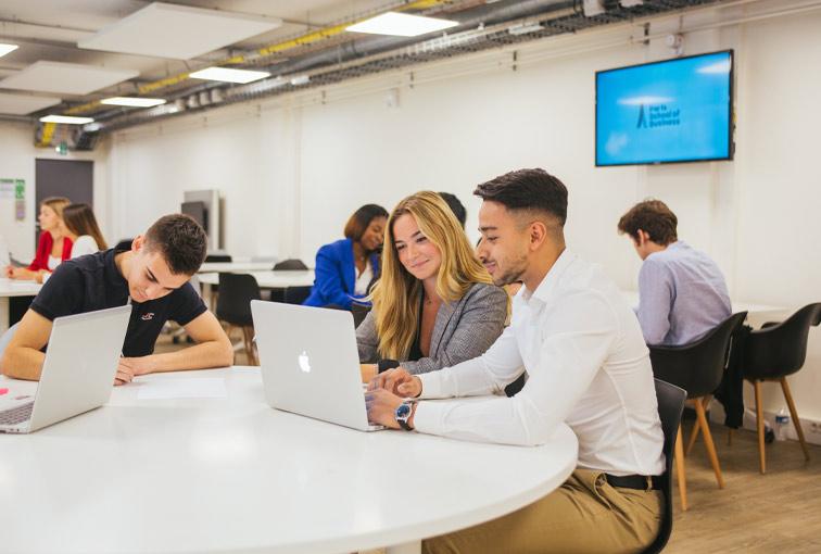 Paris School of Businessprésente sa nouvelle plateforme de marque