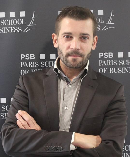 Xavier Menaud, professeur de communication et marketing à PSB Paris School of Business